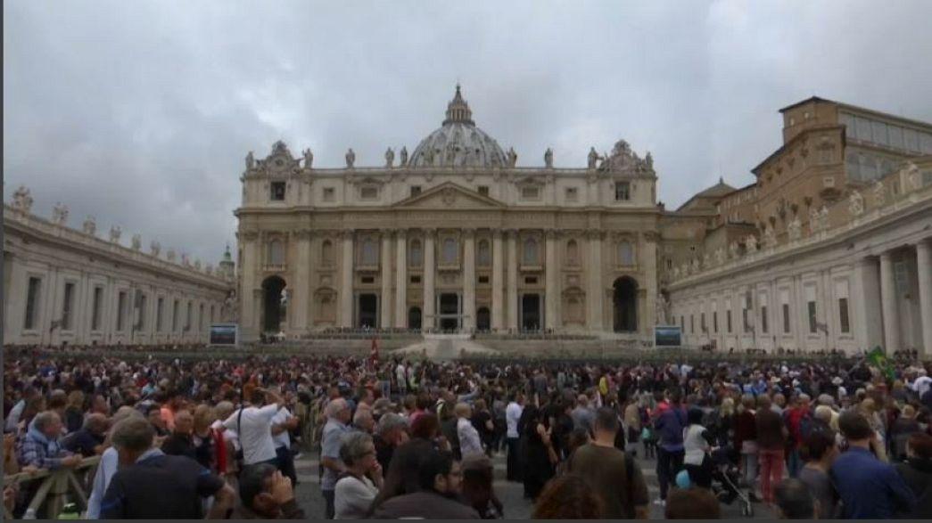Vatikan'da seks skandalı