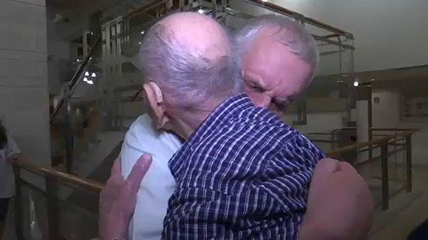 Holocaust-Überlebender trifft Familie
