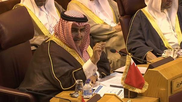 وزير خارجية البحرين: حزب الله منظمة إرهابية