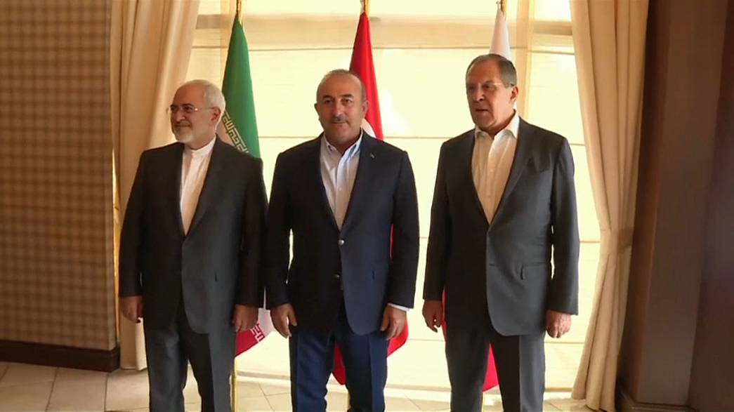 Rússia, Irão e Turquia discutem futuro da Síria