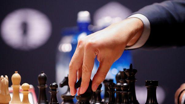 هل تسمح السعودية بدخول لاعبي شطرنج إسرائيليين الى أراضيها الشهر المقبل؟