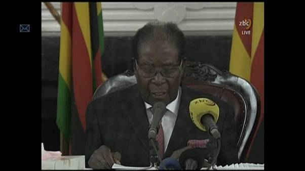 Mugabe se niega a dimitir en un discurso televisado