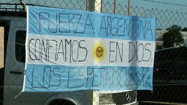 Las señales recibidas el sábado no provenían del submario desaparecido según la Marina argentina