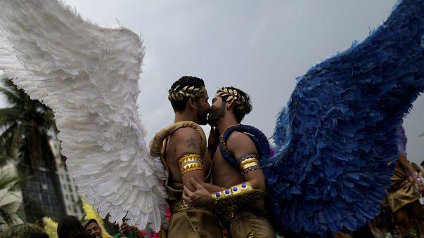 Thousands attend Rio Gay Pride Parade