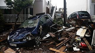Grecia: aumenta il numero delle vittime delle inondazioni