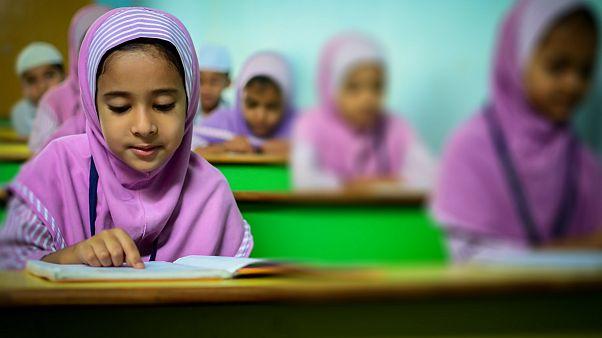 مدارس ابتدایی بریتانیا و موضوع حجاب کودکان دانش آموز