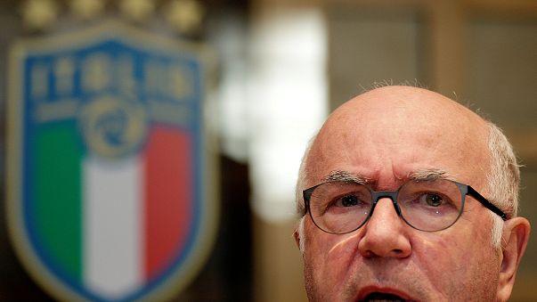 Carlo Tavecchio, président de la Fédération italienne de football, a démissionné