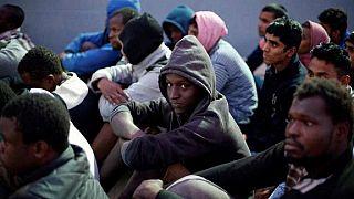 """Niamey : à la """"case de passage"""", les rescapés de Libye rêvent d'une nouvelle vie en France"""