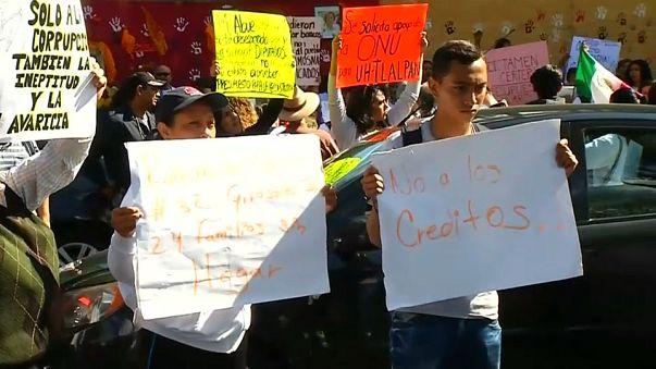 Protestas en México dos meses después del seísmo que dejó 228 muertos en la capital