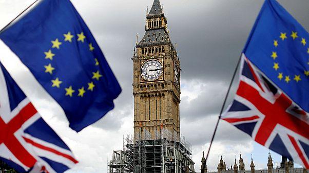 Barnier: 'Ayrılık şartlarına uyulması halinde İngiltere'ye iddialı ticaret anlaşması sunmaya hazırız'