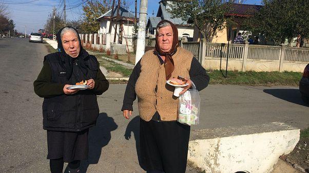 Corruption protests find few echos in Romanian village life