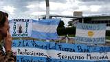 Hopes fade for missing Argentine submarine