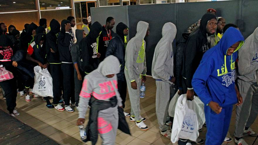 "Costa-marfinense repatriado acusa: ""Estão a vender africanos na Líbia"""