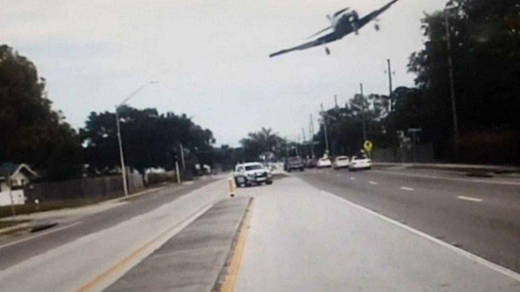 شاهد.. تحطم طائرة على طريق سريعة في فلوريدا