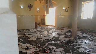 مقتل 50 شخصاً في هجوم انتحاري داخل مسجد في نيجيريا