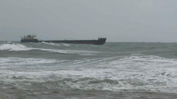 Rus gemisi Karadeniz açıklarında fırtınaya yakalandı