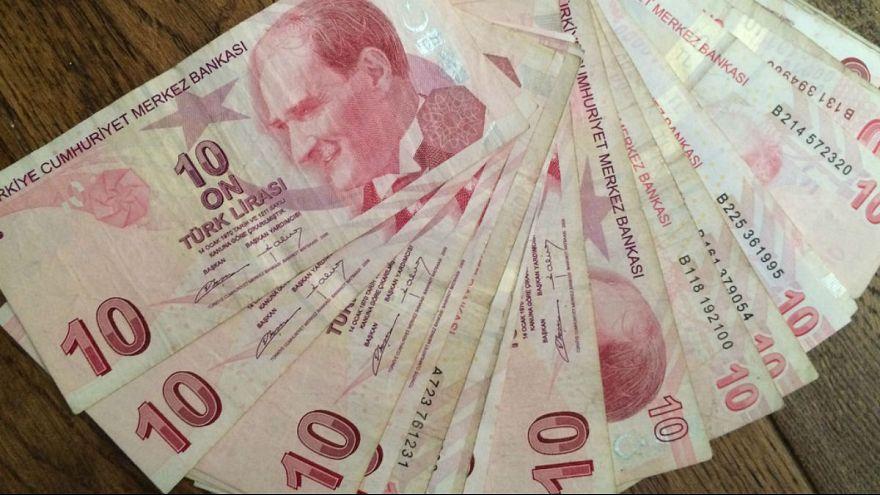 ارزش لیر ترکیه به پایینترین سطح در یک سال اخیر رسید