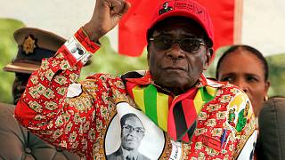 رابرت موگابه استعفا داد