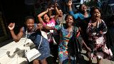 Президент Мугабе объявил об отставке