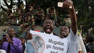 شادمانی شهروندان زیمبابوه از استعفای موگابه