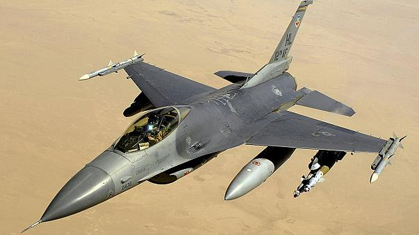 الطيران الامريكي ينفذ ضربتين جويتين على معاقل داعش