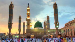 مدون إسرائيلي يكشف تفاصيل زيارته للمسجد النبوي