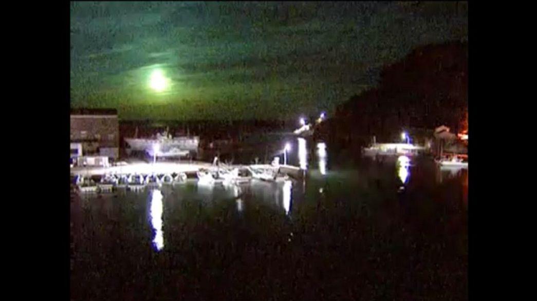 Fireball lights up skies over Japan