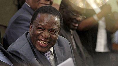 Zimbabwe : Mugabe parti, Mnangagwa prêt à prendre la relève