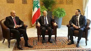 Egyelőre marad a libanoni kormányfő