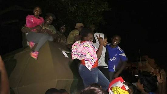 Harare streets erupt in joy after Mugabe's resignation