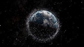 Débris spatiaux, comment nettoyer l'espace ?