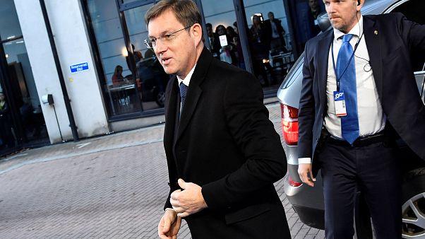 Szíriai menekült miatt mondhat le a szlovén miniszterelnök