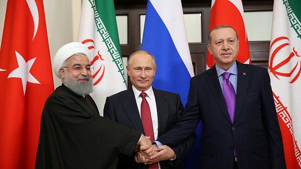 بوتين: حل النزاع بسوريا يتطلب تنازلات كل الأطراف