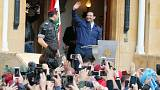 Hariri'nin istifasını erteleme kararı Lübnanlıları memnun etti