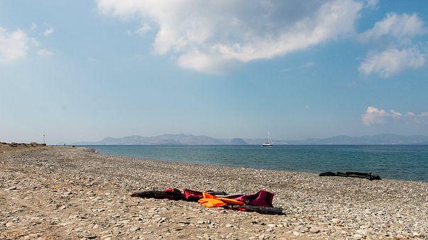 Yunanistan'a kaçmaya çalışan Türk aile Ege'de can verdi