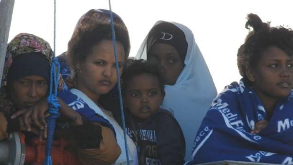 Migranti: nuovo sbarco in Sicilia