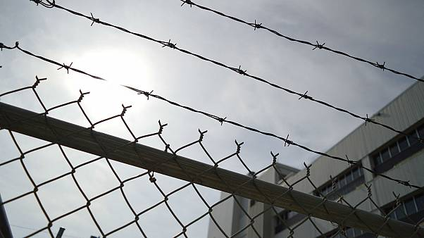 Spain houses hundreds of migrants in a jail