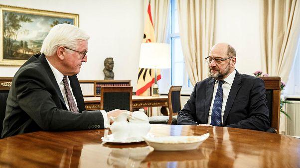 Reunión entre Steinmeier y Schulz para facilitar la formación de Gobierno en Alemania