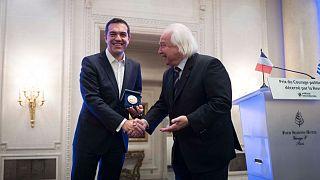 """Tsipras récompensé du """"Prix du courage politique"""""""