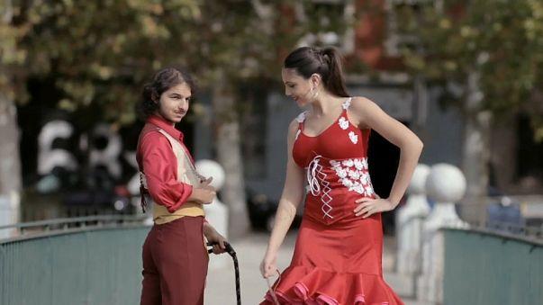 Flamenco im Bus & in der Schule: Video wird zum Internet-Hit