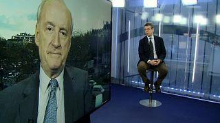 """""""El mundo aún no es post estadounidense"""". Entrevista a Hubert Védrine"""