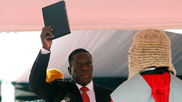 بالفيديو: إمرسون منانغاغوا يؤدي اليمين رئيسا لزيمبابوي خلفا لموغابي