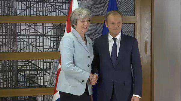 """تيريزا ماي: """"ملتزمون بالحفاظ على أوروبا"""""""