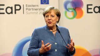 Regierungskrise? Merkel beruhigt