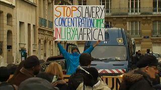 """شاهد: مظاهرة في باريس ضد """"تجارة الرقيق"""" في ليبيا"""