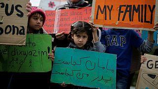 Criança afegã morre a caminho da Grécia
