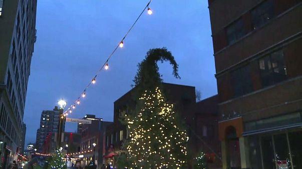 Hässlichster Weihnachtsbaum aller Zeiten?