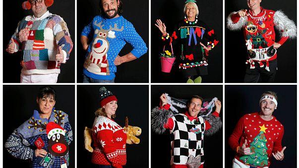 Francia celebra el campeonato mundial de jerséis más feos de Navidad