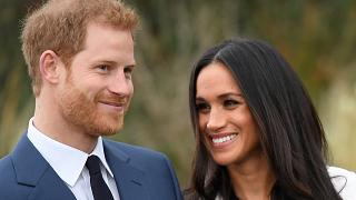 Fiançailles du prince Harry : enthousiasme à Buckingham