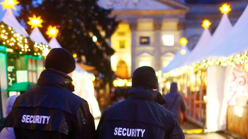 Segurança reforçada em mercado de Natal de Berlim